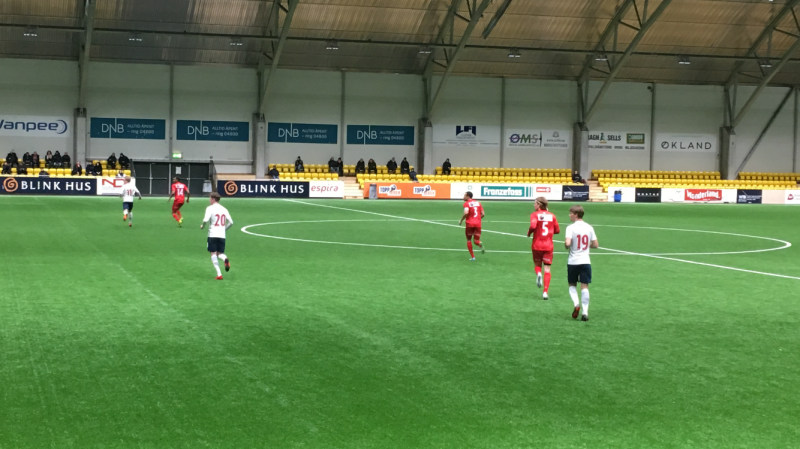 Magnus Lankhof Dahlby (nr. 19) i aksjon for Norge G19 mot Kongsvinger.